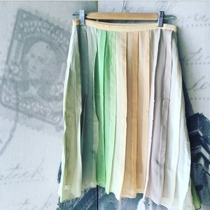 100% silk skirt M w/nice pastel colors by Alfani